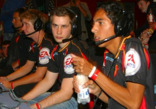 How to Build Your Pro Gaming Schedule and Decide What Tournaments to Attend   Tournaments   Pro Gaming